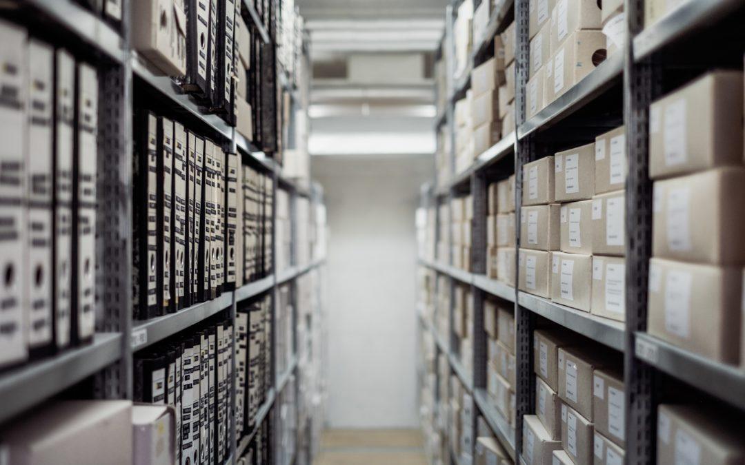Plus de place pour ces archives obligatoires ? Pensez aux box de stockage !